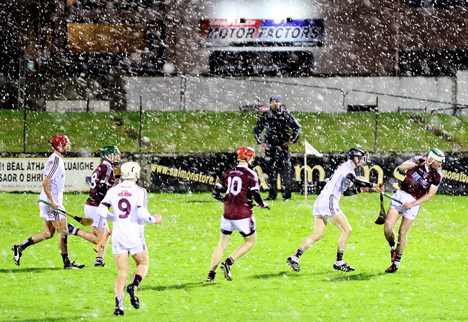 Galway prevail in the snow against NUIG at Duggan Park